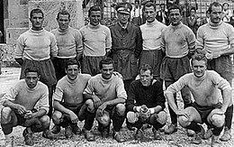 La squadra dei Vigili del Fuoco di La Spezia laureatasi campione nel 1944.