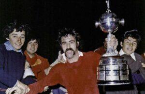 19 ottobre 1974 – L'Independiente vince per la terza volta di seguito la Libertadores